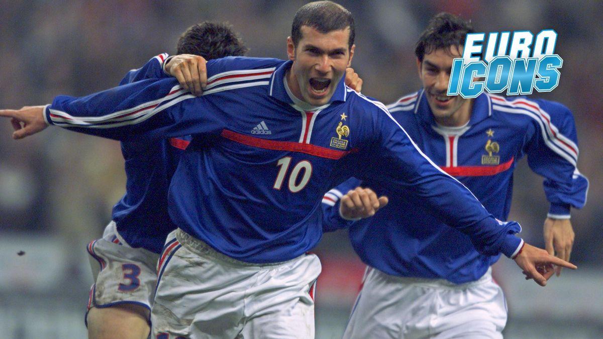 Zinedine Zidane celebrates at Euro 2000