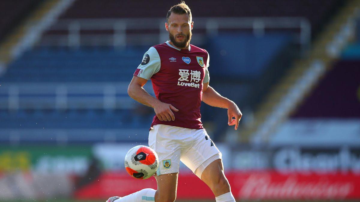 Erik Pieters (Burnley FC)