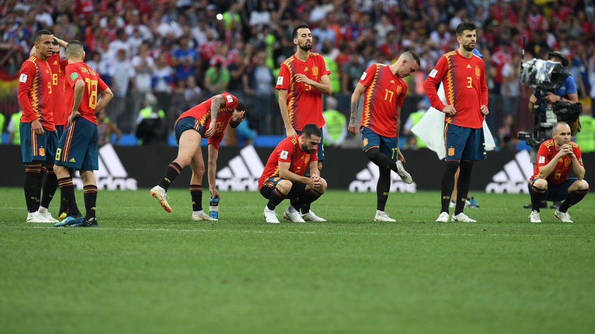Сборная Испании после поражения от России в 1/8 финала ЧМ-2018