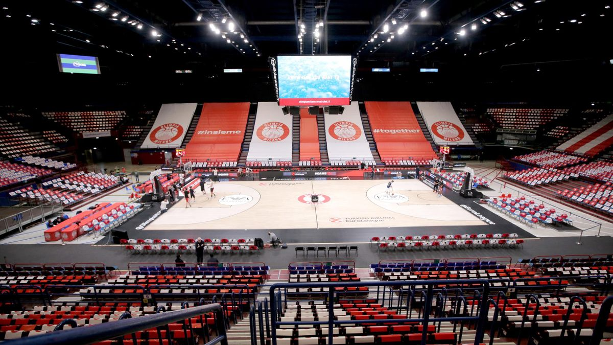 In this handout image provided by Euroleague Basketball, Mediolanum Forum before 2019/2020 Turkish Airlines EuroLeague Regular Season Round 27 match between AX Armani Exchange Milan and Real Madrid at Mediolanum Forum on March 03, 2020 in Milan, Italy