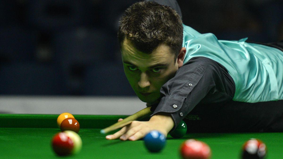 Alexander Ursenbacher unterlag bei der Snooker-WM 2020 in Runde eins Barry Hawkins