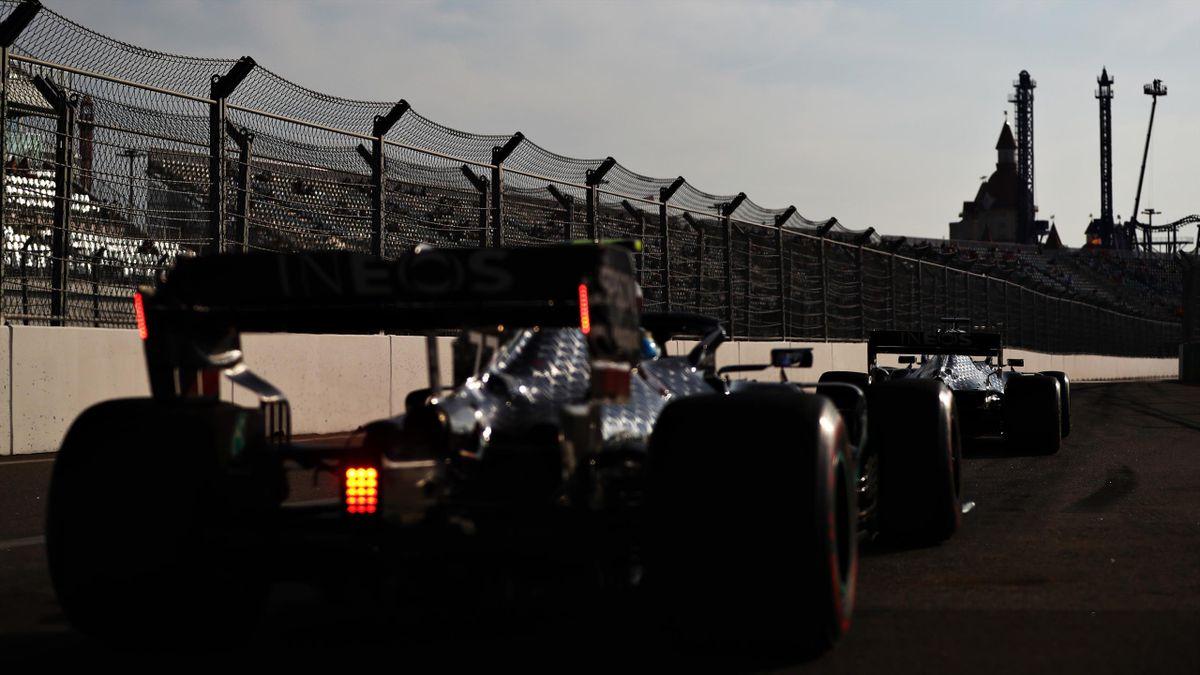 Lewis Hamilton und Valtteri Bottas von Mercedes