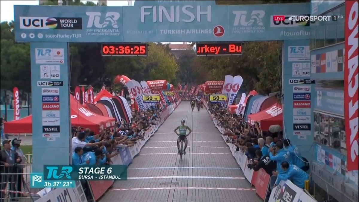 Sam Bennett wint slotetappe Ronde van Turkije