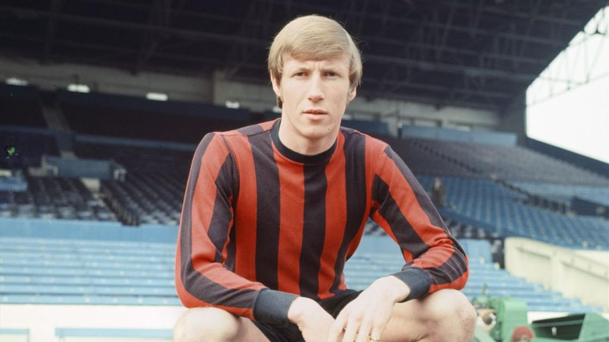 Colin Bell sous le maillot de Manchester City en 1969