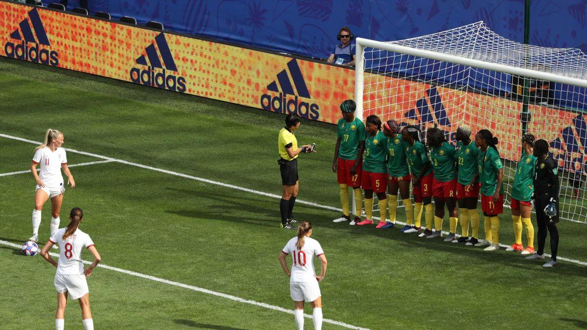 2019 Kadınlar Futbol Dünya Kupası, İngiltere - Kamerun