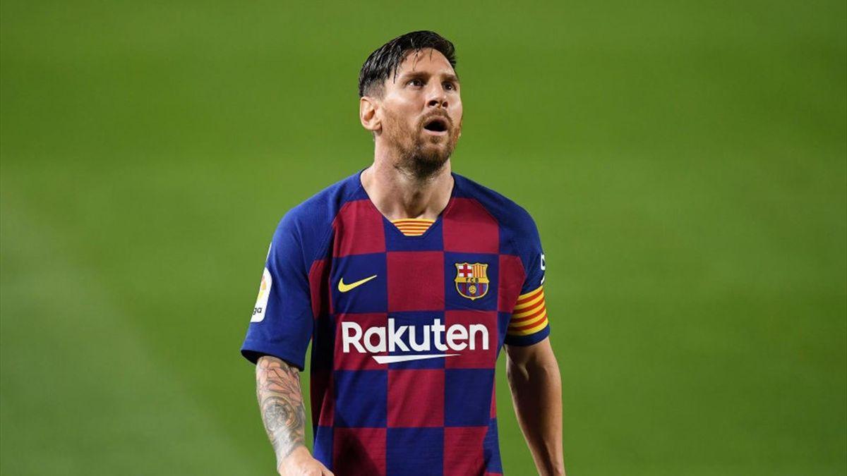 Lionel Messi forțează plecarea de la Barcelona