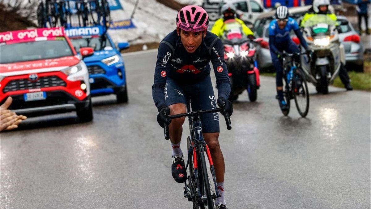 Egan Bernal leads the Giro d'Italia