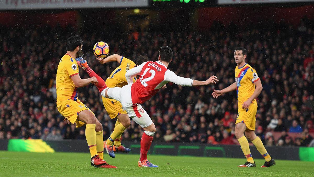 Le superbe but d'Olivier Giroud lors du match opposant Arsenal à Crystal Palace, le 1er janvier 2017