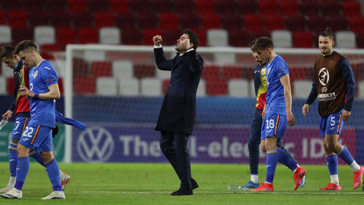 Adrian Mutu, la finalul partidei România - Ungaria 2-1, de la Euro U21