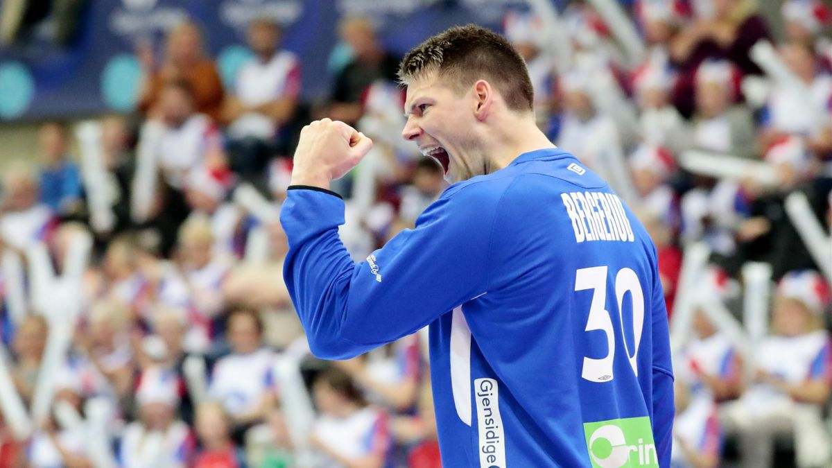 Keeper Torbjørn S. Bergerud ble kåret til banens beste under håndballandskampen mellom Norge og Sverige i Terningen arena i Elverum fredag.