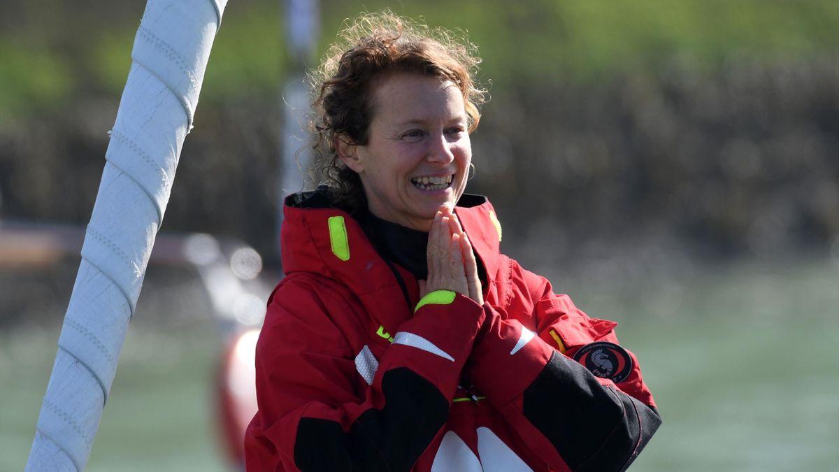 Isabelle Joschke à son arrivée aux Sables d'Olonne, Vendée Globe 2020-2021