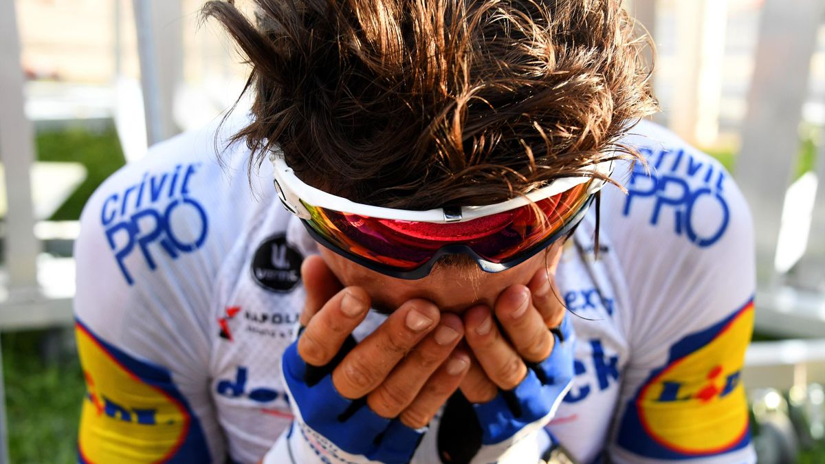 Julian Alaphilippe en larmes à Nice.