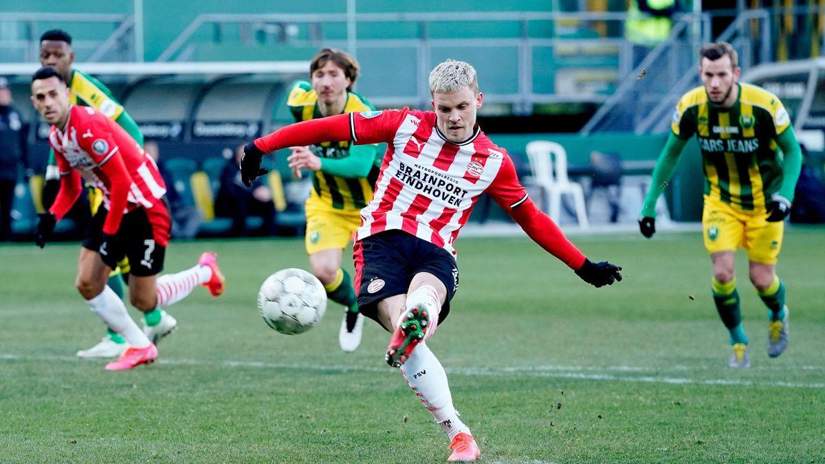 Philipp Max verschoss einen Elfmeter für Eindhoven in Den Haag