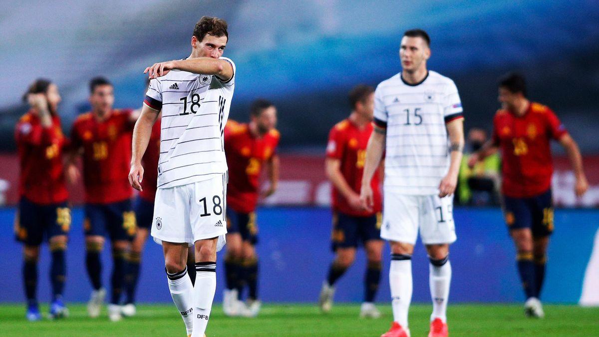 Leon Goretzka (vorne) und Niklas Süle beim 0:6 in Sevilla - Spanien vs. Deutschland