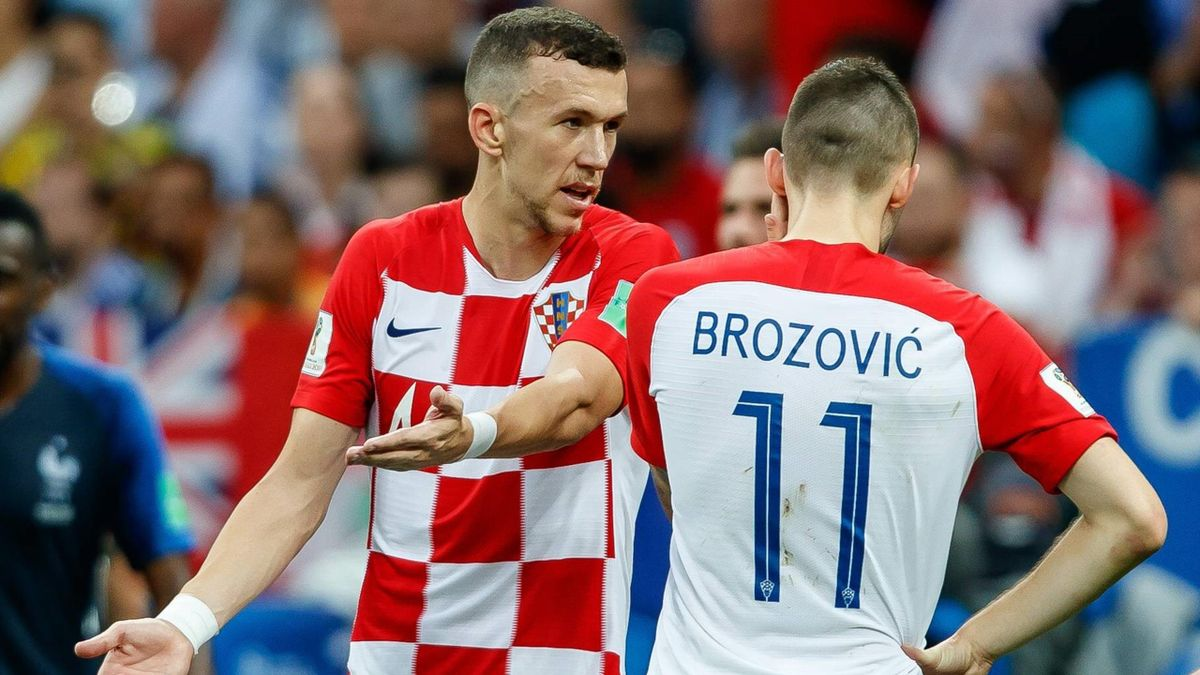 Brozovic e Perisic a colloquio durante la finale dei Mondiali Francia-Croazia - Mondiali Russia 2018 - Imago