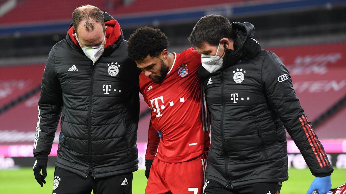 Bayerns Serge Gnabry (mitte) verletzte sich gegen Mainz