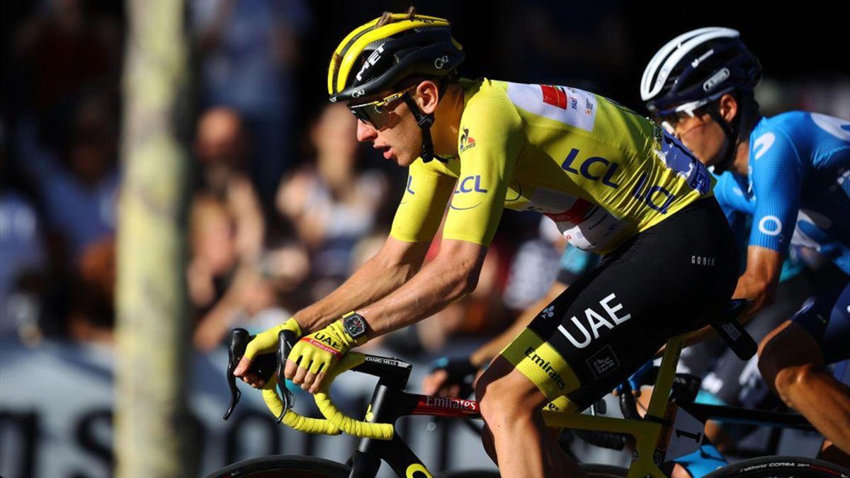 Pogacar durante l'ultima tappa del Tour de France 2021