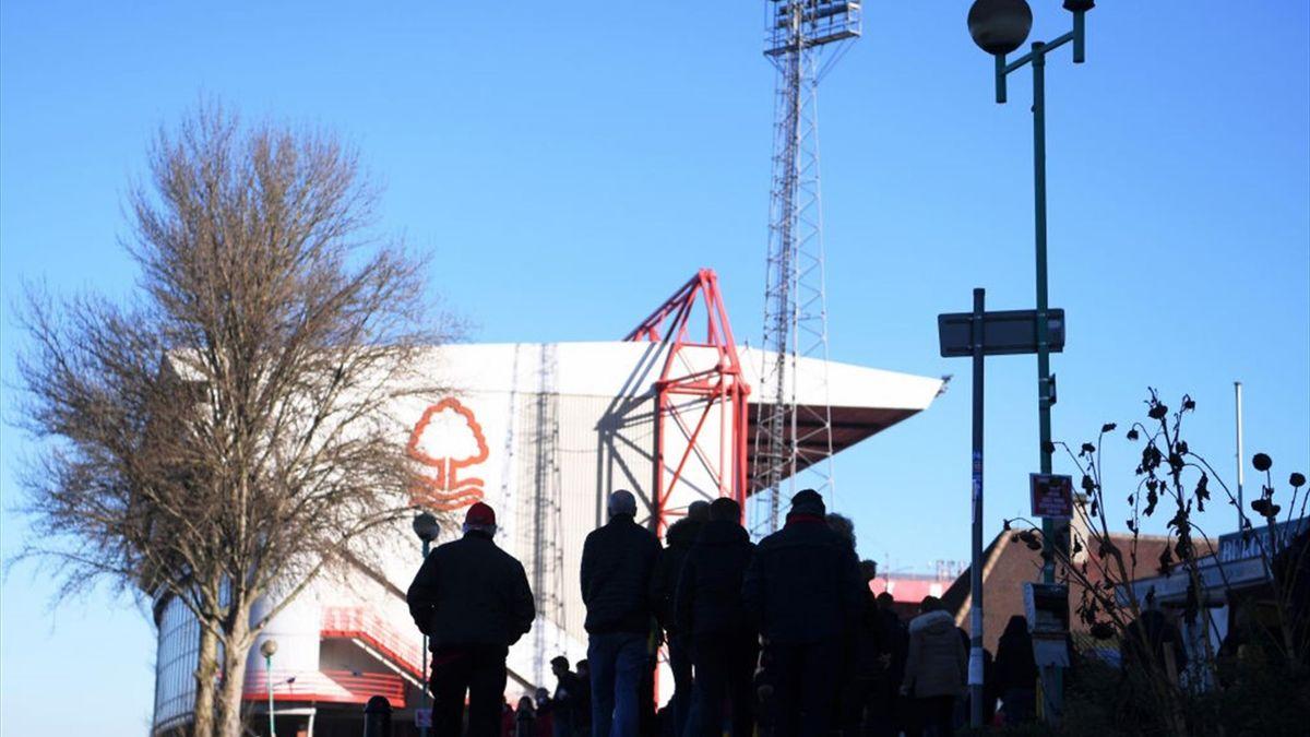 Suporterii lui Nottingham Forest, echipă aflată pe locul 5 în Championship