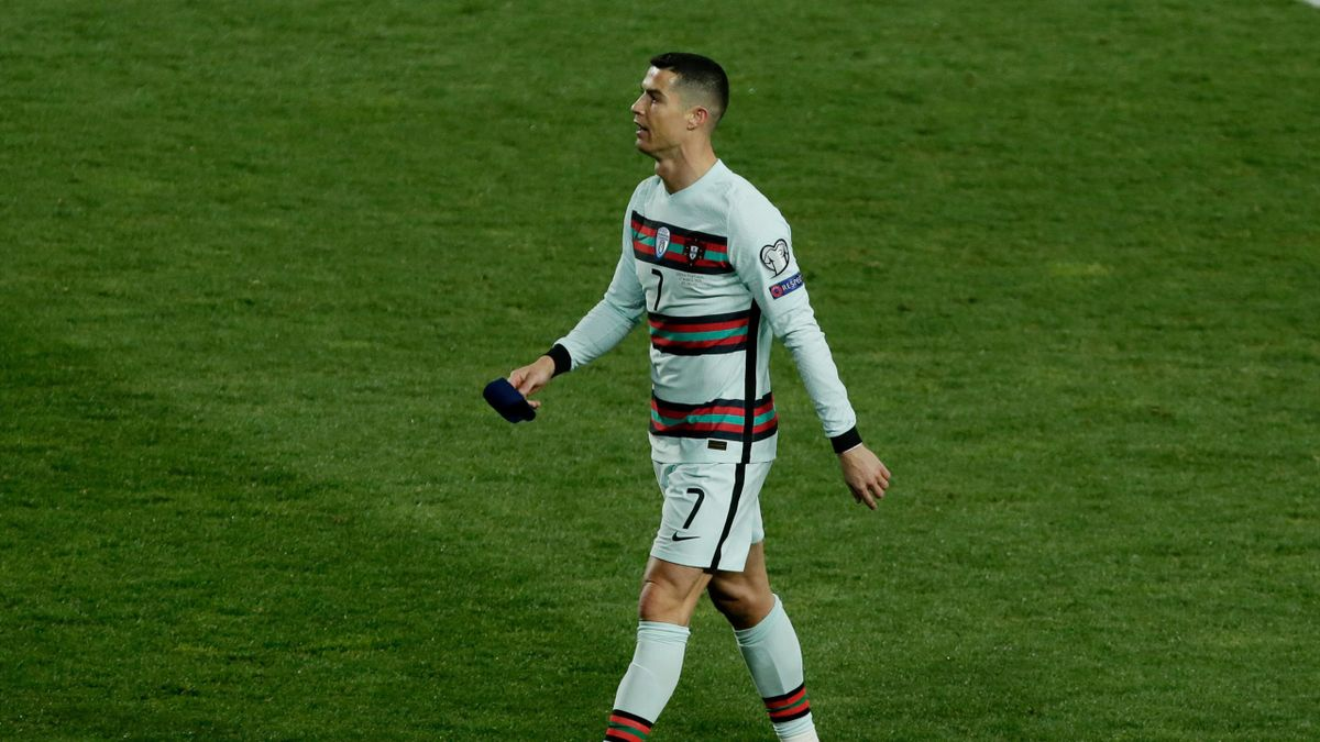 Cristiano Ronaldo of Portugal furious as Portugal robbed last minute goal clearly over the line during the World Cup Qualifier match between Serbia v Portugal at the Stadion Rajko Mitic on March 27, 2021 in Belgrade Serbia