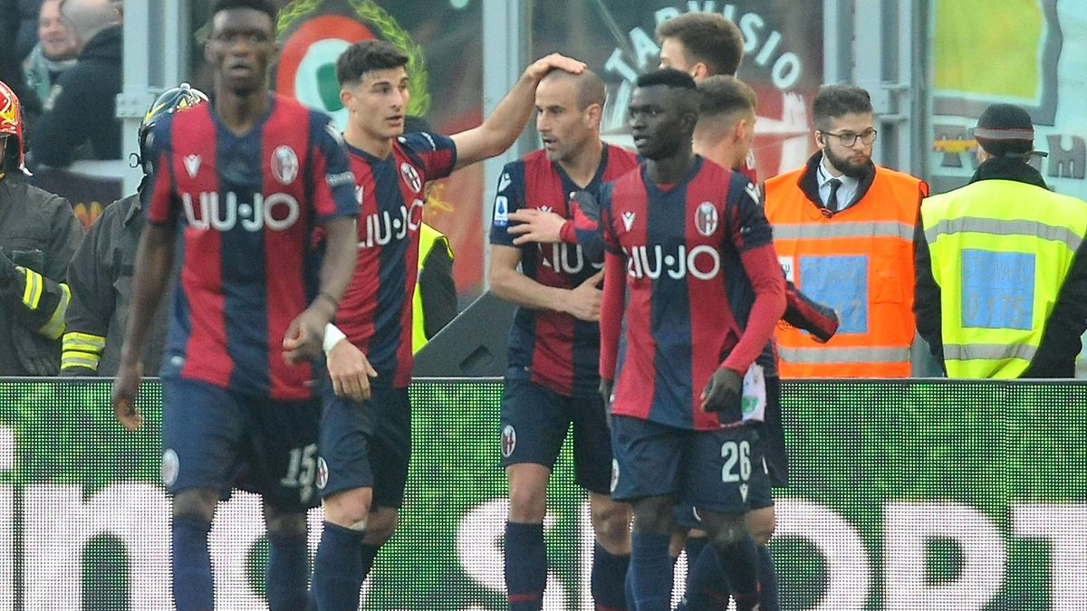 L'esultanza di Rodrigo Palacio, Bologna-Udinese, Serie A 2020-21, Getty Images