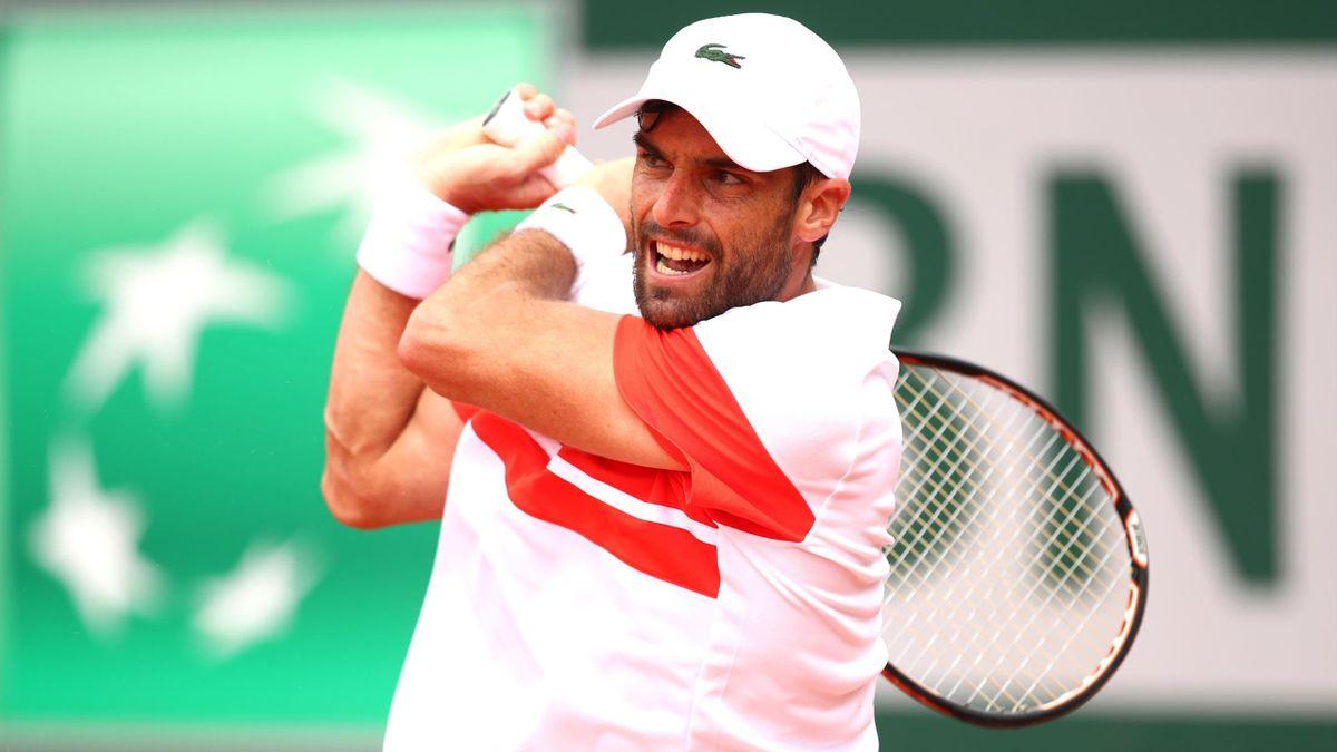 Pablo Andújar durante su partido ante Berrettini en la primera ronda de Roland-Garros 2019