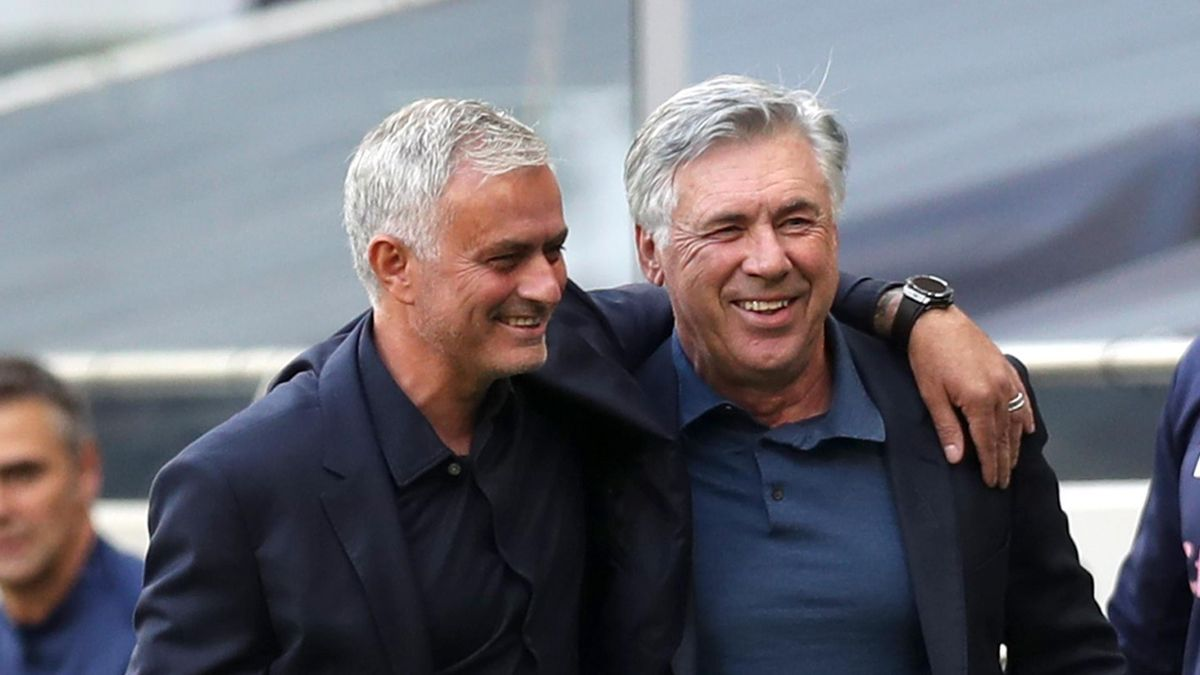 Jose Mourinho (L) and Carlo Ancelotti (R)