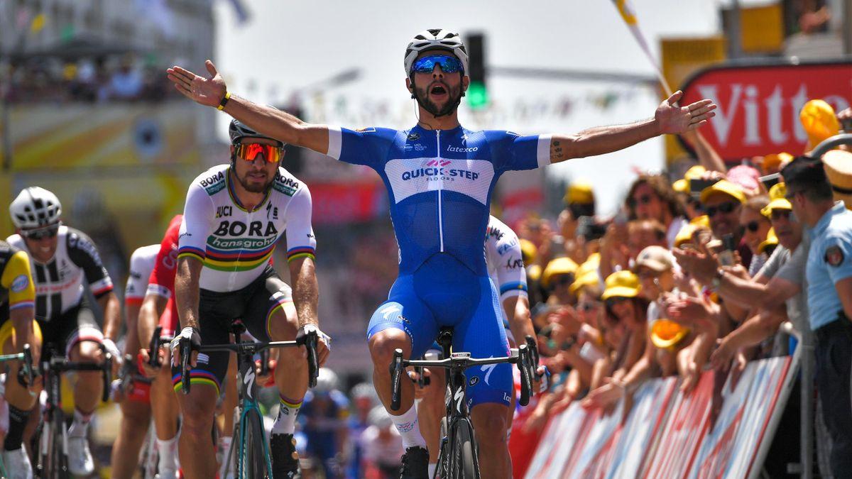 Fernando Gaviria s'impose au sprint pour la 1ère étape du Tour de France 2018