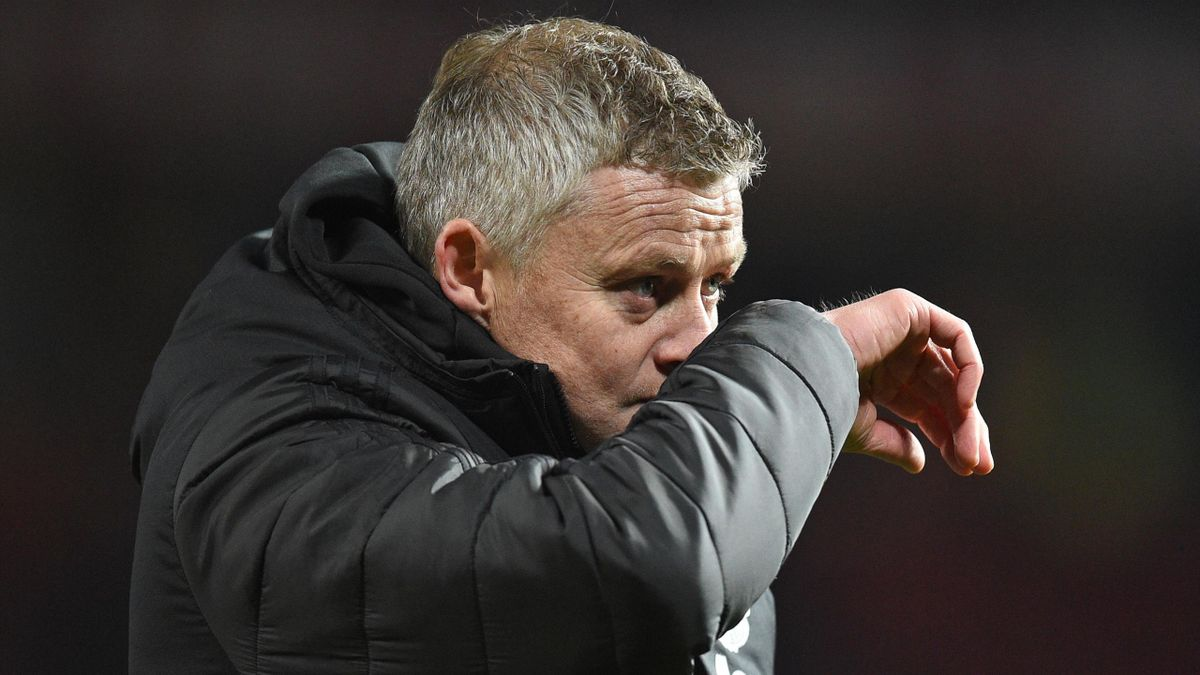 Manchester United's Norwegian manager Ole Gunnar Solskjaer gestures as he leaves after the English Premier League football match between Manchester United and Aston Villa
