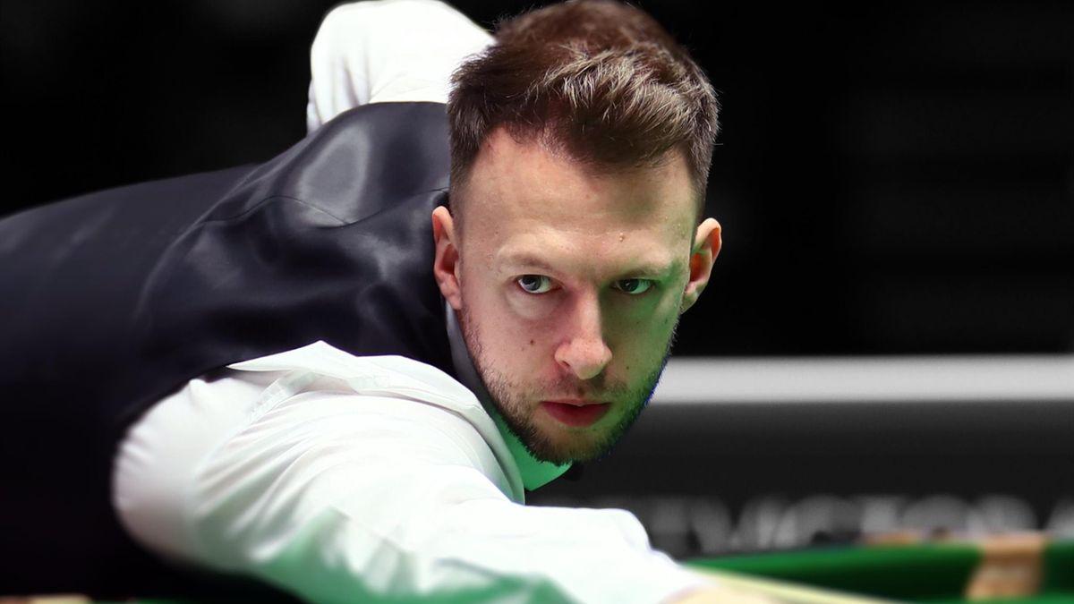 Judd Trump a declarat după meciul cu Yan Bingtao că nu e îngrijorat de forma sa mai puțin bună de la începutul Campionatului Mondial