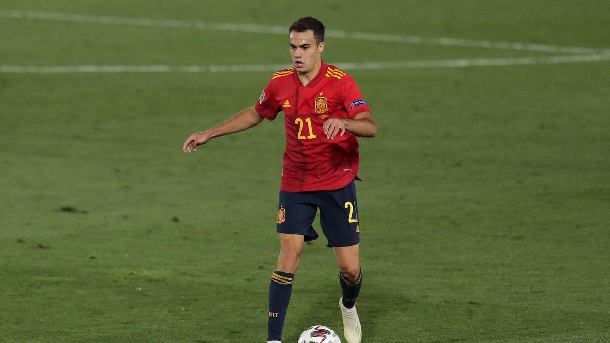Sergio Reguilon of Spain controls the ball