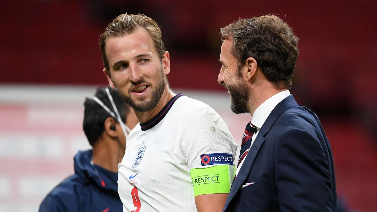 Harry Kane (L) and Gareth Southgate (R)