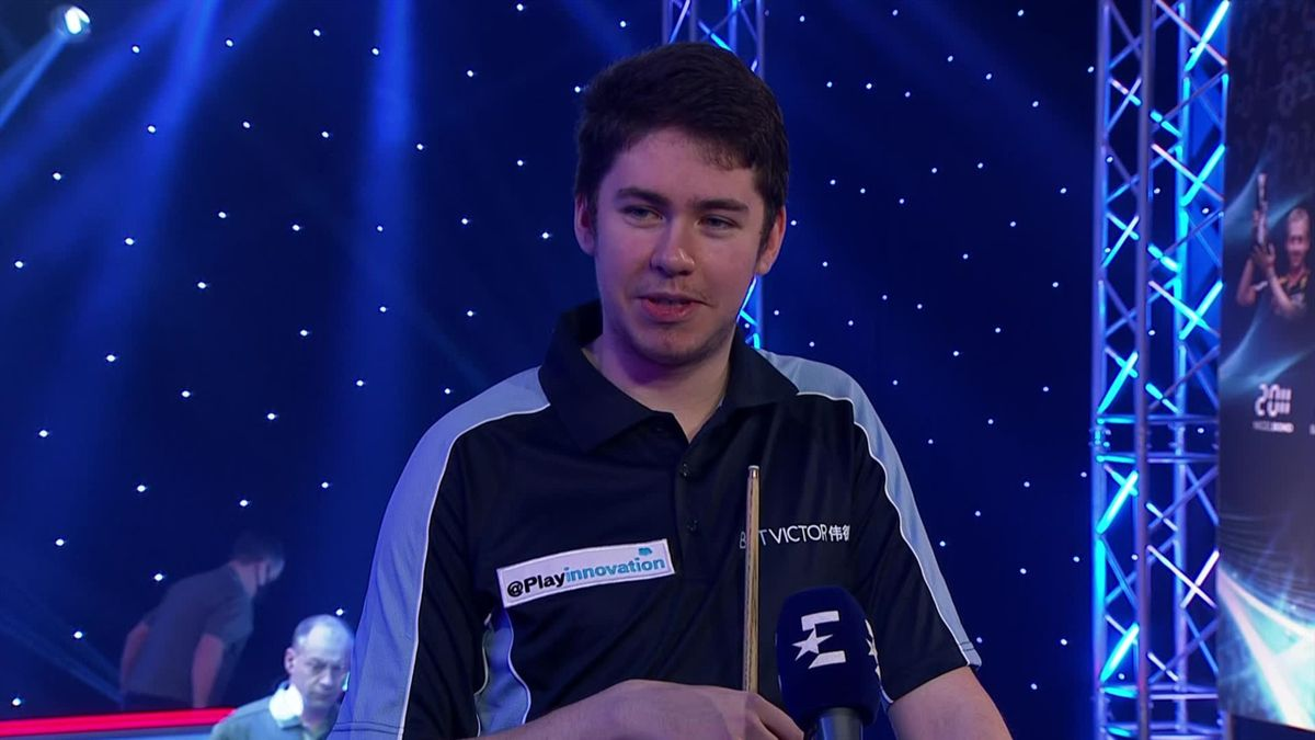Snooker shoot out : O'Sullivan is amazed: Devlin sets the mood with spontaneous rap