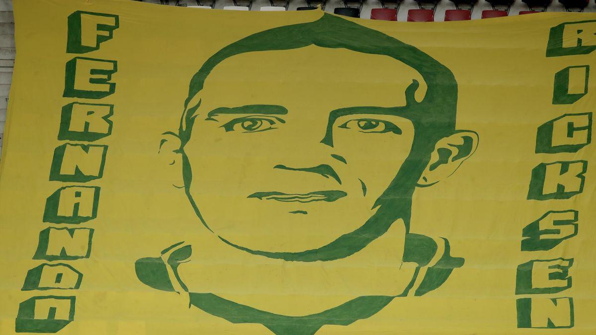 Баннер в поддержку Фернандо Риксена