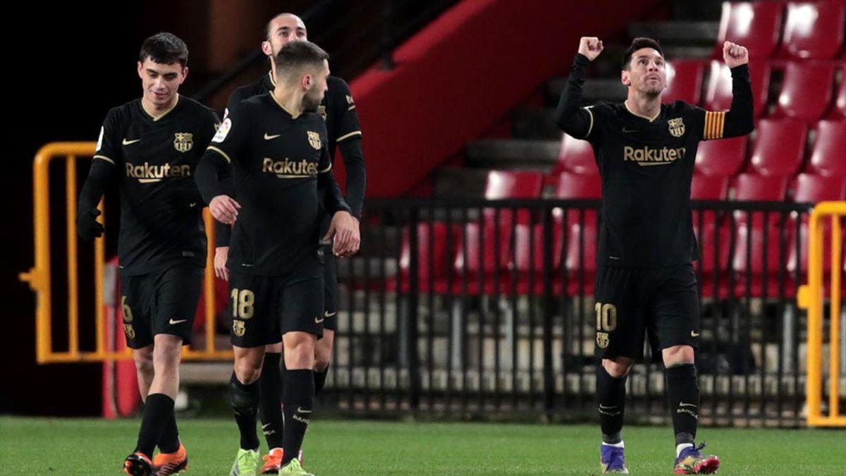Lionel Messi esulta - Granada-Barcellona Liga 2020-21