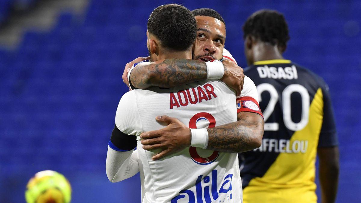 Memphis Depay et Houssem Aouar, protagonistes sur l'ouverture du score de Lyon face à Monaco