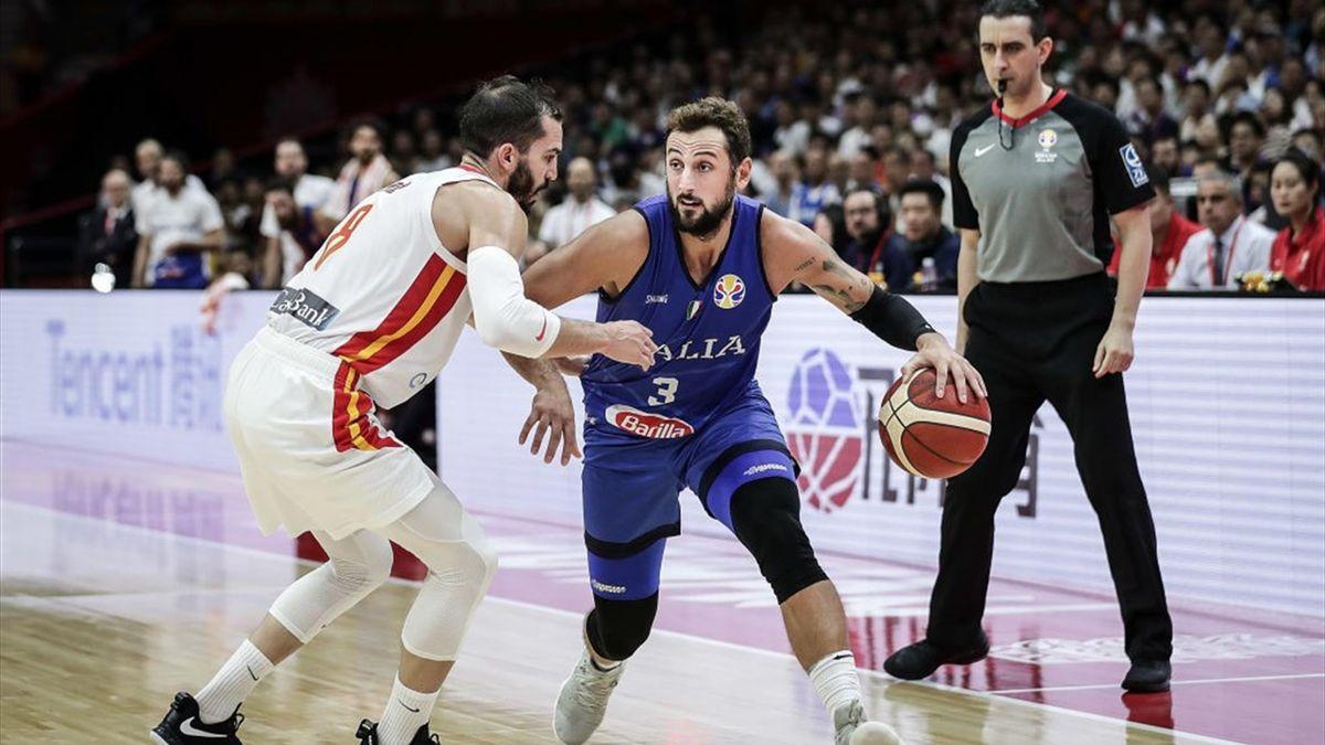 Pau Ribas marca Belinelli, Spagna-Italia, FIBA World Cup