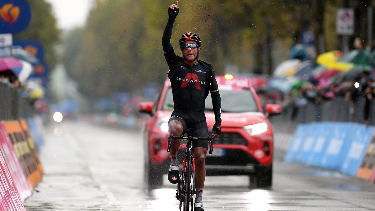 Jhonatan Narvaez (Ineos Grenadiers) wins Stage 12 of the Giro d'Italia 2020