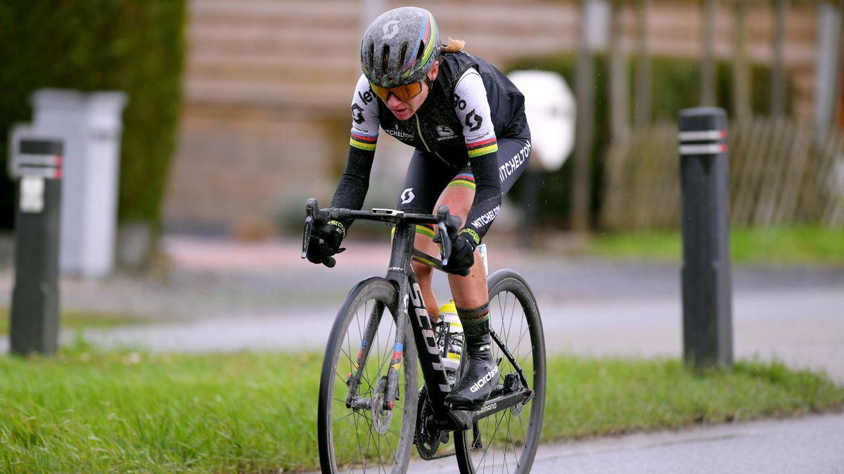 Annemiek Van Vleuten hat auch ihr drittes Rennen in diesem Jahr gewonnen