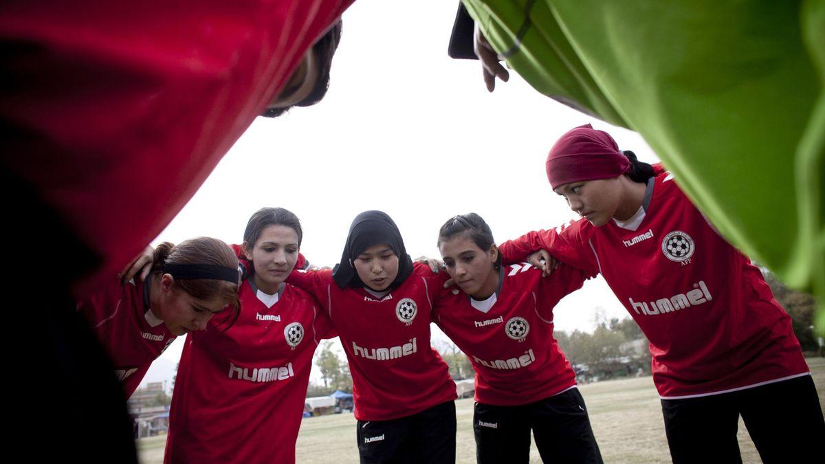 Jucătoare de fotbal din Afganistan