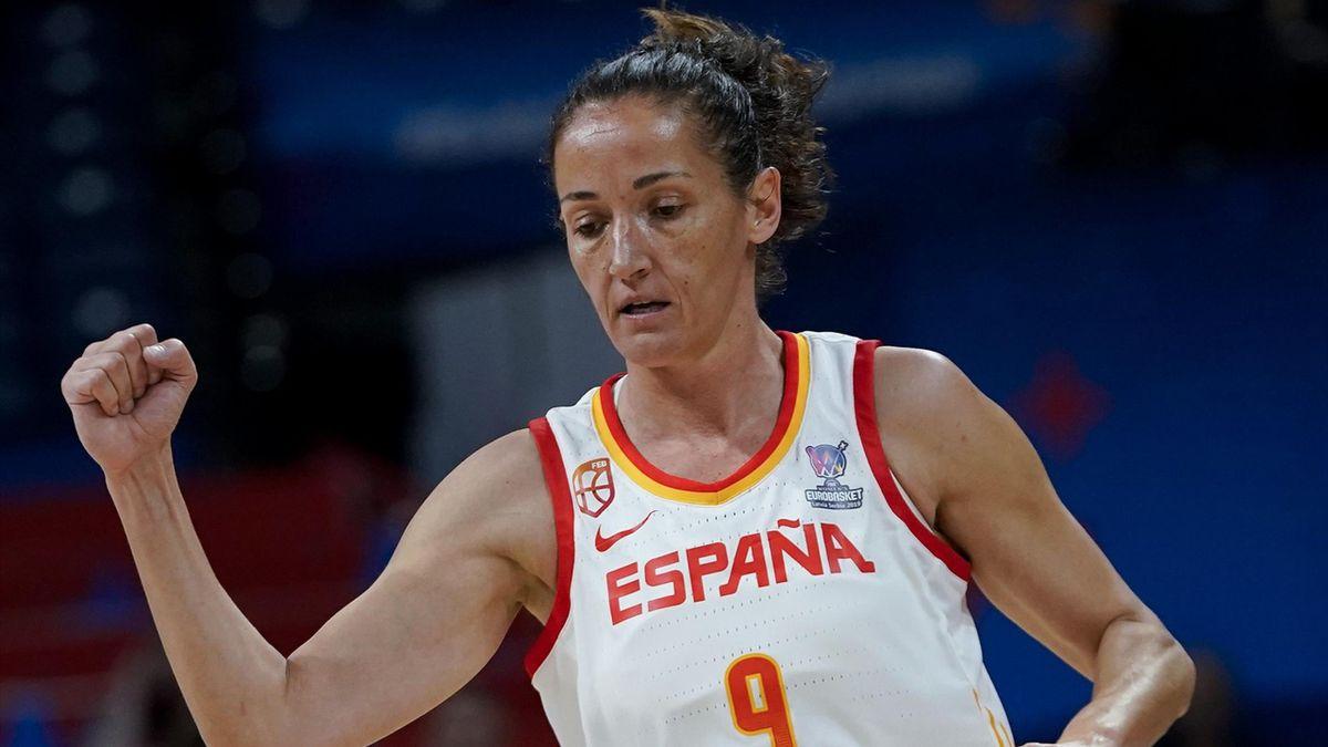 España se mide a Serbia