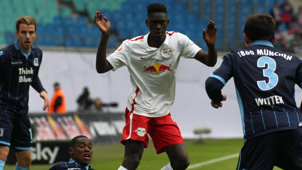 Idrissa Touré im Spiel gegen 1860 München