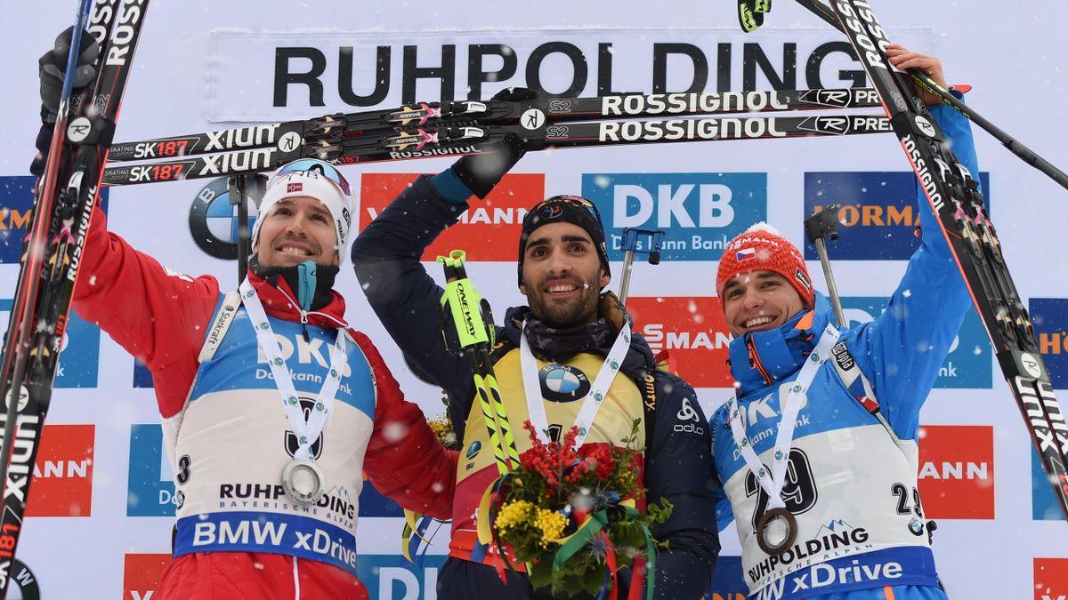 La joie de Martin Fourcade sur le podium de la poursuite à Ruhpolding