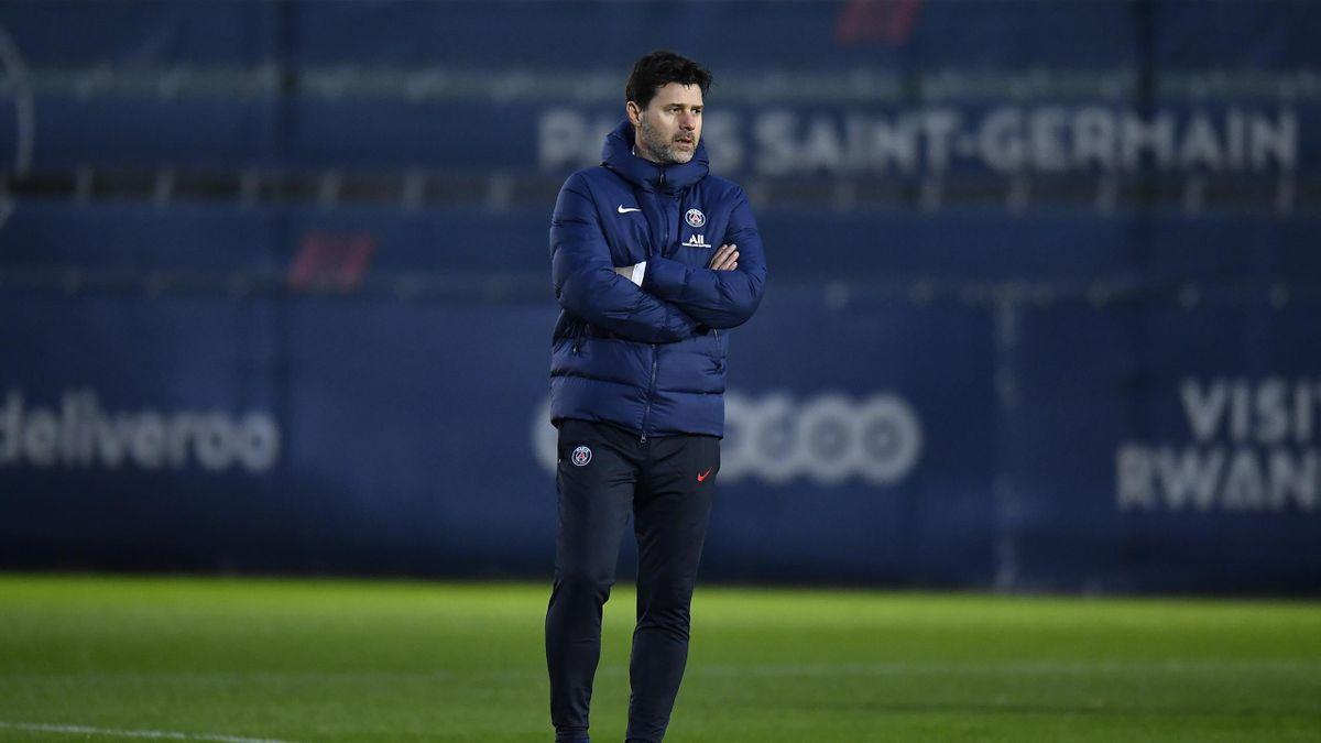 Mauricio Pochettino lors de sa première séance d'entraînement avec le PSG