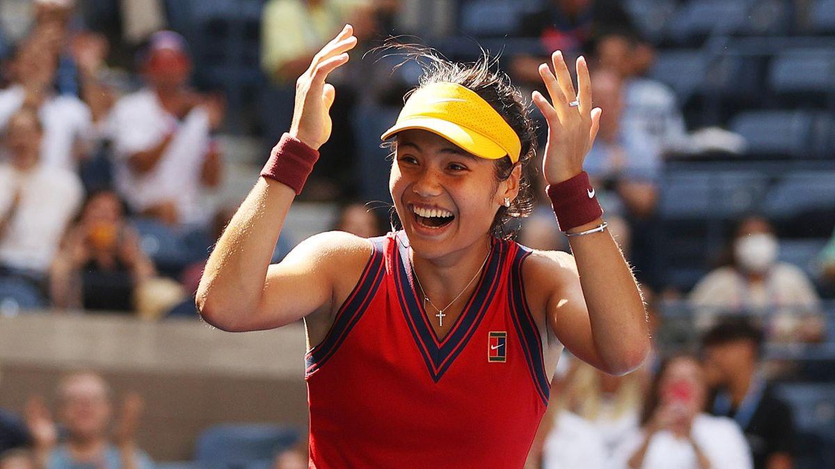 Emma Raducanu celebrates her win in the US Open quarter-finals