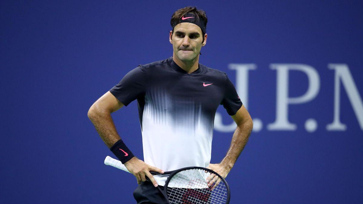 Roger Federer of Switzerland reacts against Juan Martin del Potro of Argentina during their Men's Singles Quarterfinal match on Day Ten of the 2017 US Open at the USTA Billie Jean King National Tennis Center on September 6, 2017 in the Flushing neighborho