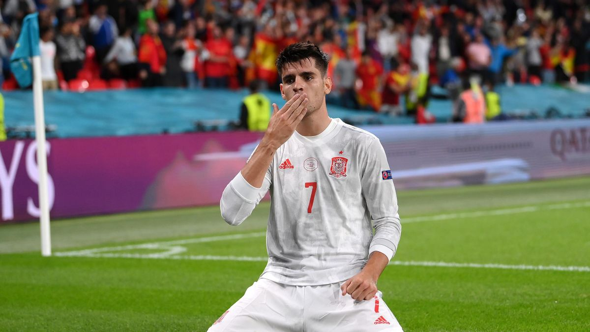 LONDON, ENGLAND - JULY 06: Alvaro Morata of Spain celebrates after scoring their side's first goal during the UEFA Euro 2020 Championship Semi-final match between Italy and Spain at Wembley Stadium on July 06, 2021 in London, England
