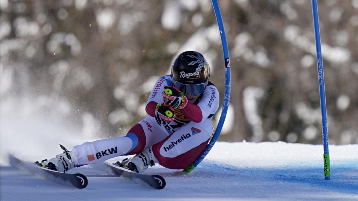 Lara Gut-Behrami claims World Championship gold in the super-G