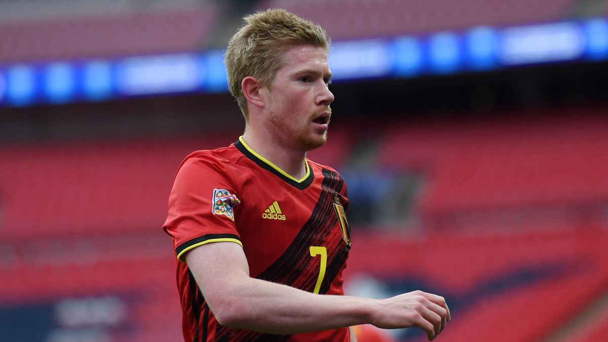 No pressure from Man City to leave Kevin De Bruyne out, says Roberto  Martinez - Eurosport