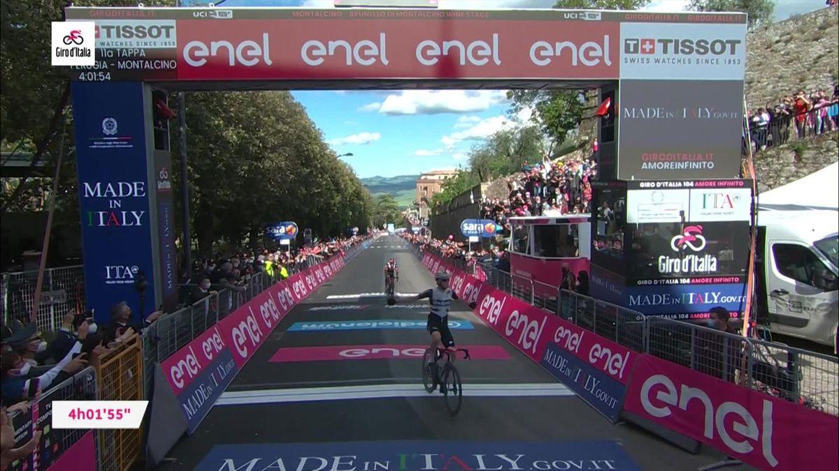 Giro d'Italia: Highlights stage 11 - Bernal tightens grip on pink jersey