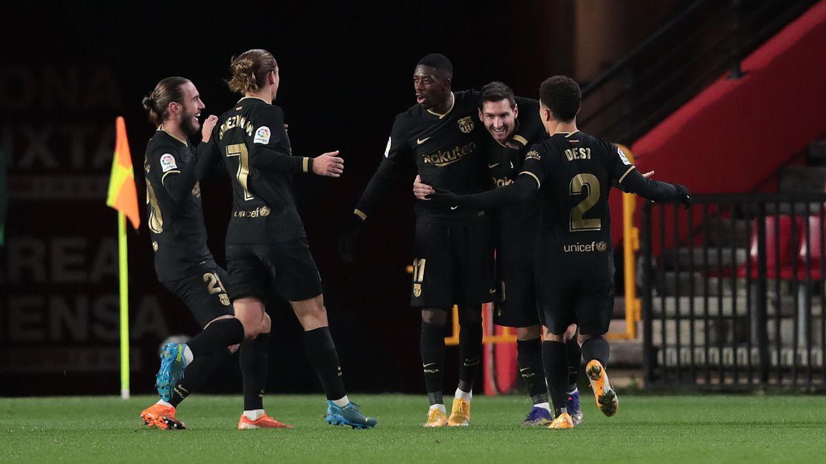Der FC Barcelona jubelte über den deutlichen Sieg in Granada